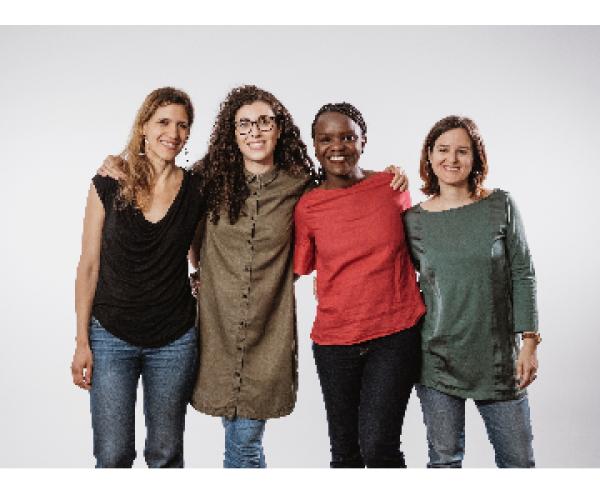 De izquierda a derecha: Eva polio, Cristina Torres, Laida Memba y Clara Guasch, fundadoras de Cocora.
